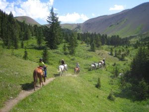Chilcotin Mountains horseback riding