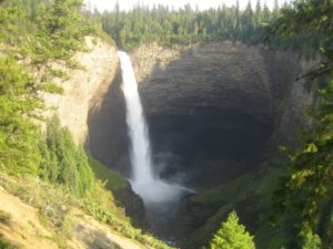 Helmcken Falls - Wells Grey Prov Park